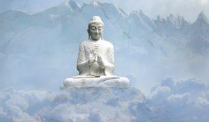 будда сидит на горе после консультация психолога